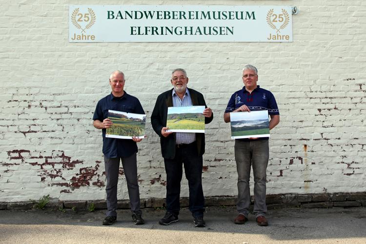 "Uli Auffermann verschenkt ""Elfringhauser Schweiz""-Kalender an BHV Elfringhausen"